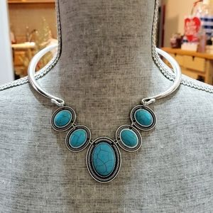 Turquoise crackle stone NECKLACE & EARRING SET